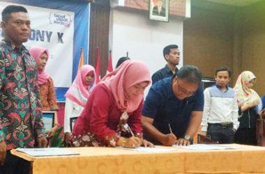 Penandatanganan MOU dengan LP3I Semarang
